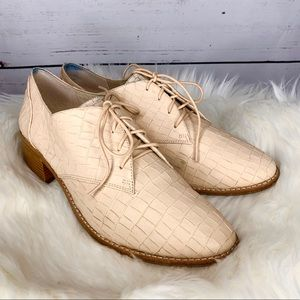 Louise Et Cie Croc Embossed Leather Lace Up Oxford